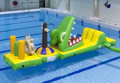 wholesale Alligator Shipwreck Inflatable Run Water Game suppliers