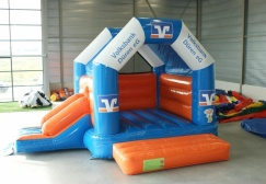 wholesale Custom jumping inflatable castle with slide suppliers