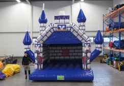 wholesale Outdoor water proof inflatable moonwalks suppliers