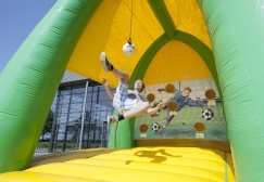 Inflatable Bicycle Kick Training Arena Suppliers