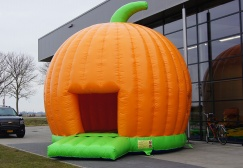 wholesale Huge Pumpkin Bounce House Inflatables suppliers